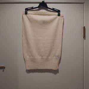 Club Monaco. Womans light sweater tube top